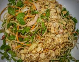A Roi Seafood Restaurant Hoi An_salad