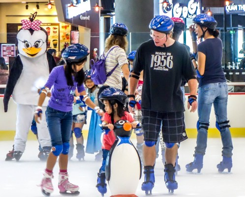 Vinpearl Ice skating Rink kids on ice skating rink, childrens activities indoors, Da Nang, Vietnam