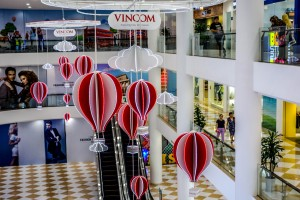 Vincom Shopping Mall, shops