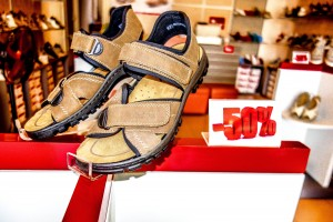 Mens sandals, cheap shoes, discount shoes, Reiker Shoes, Hoi An Old Town, Vietnam