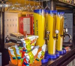 Hoi An Sports Bar, Bars in Hoi An