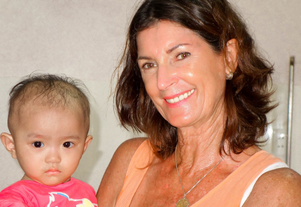Sue Davis, Hoi An Orphanage, charity