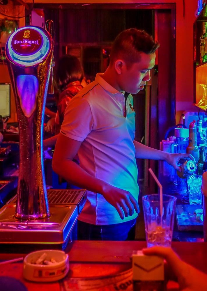 Dive Bar, Hoi An, front bar