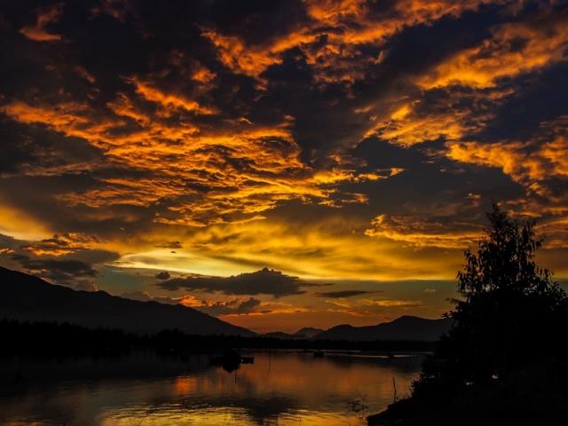 weather, sky, hoi an, vietnam, rainy season, high season, winter, summer