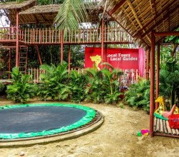 kid friendly restaurants, dingo deli hoi an kids, play area, acitivities, kids menu, climbing apparatus, vietnam