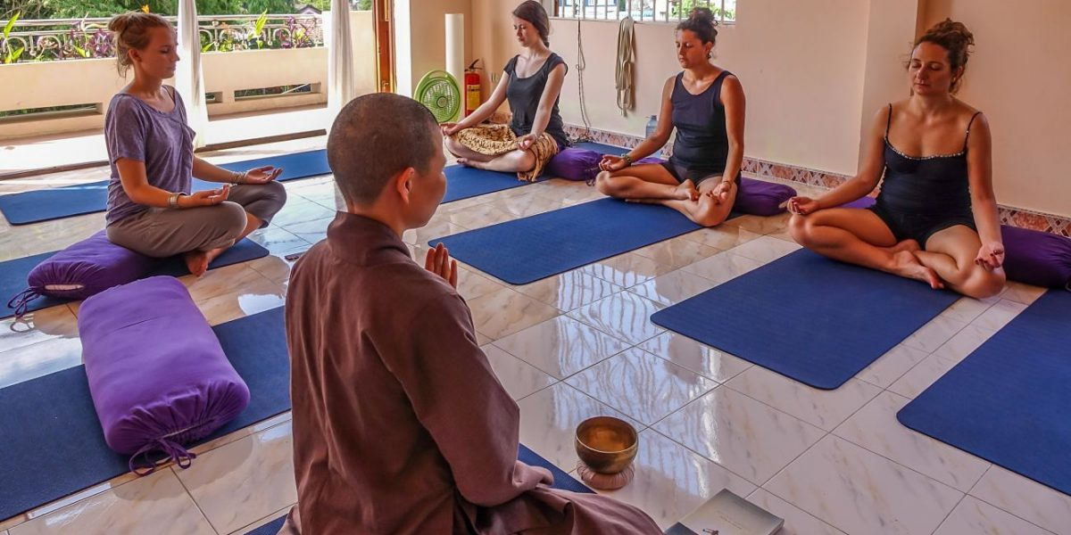 Meditation, meditation group_opt