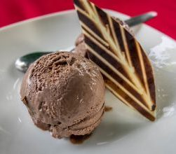 P & B Vegetarian Restaurant. An Bang Beach Chocolate ice cream 3_opt