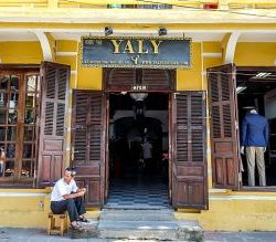Yaly Couture, Hoi An, Vietnam, tailor shops, tailors
