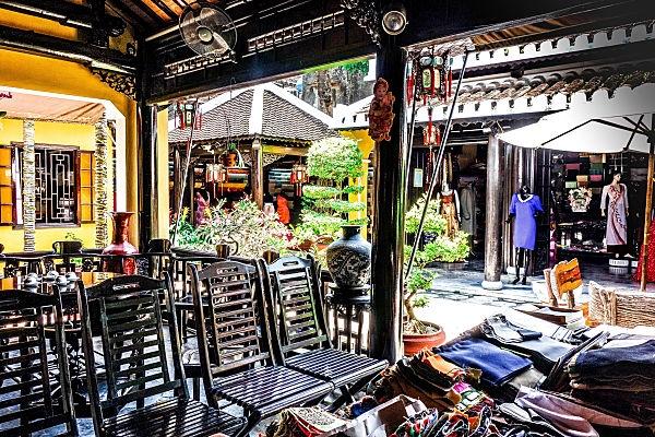 Thu Thuy Tailor, Hoi An, Vietnam, tailors