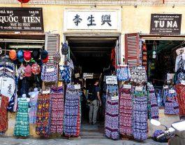 Tu Na and Phong Quoc Clothes, Cheap Clothes Shops Hoi An