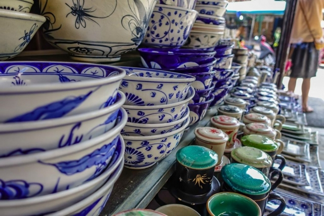 Hoi An's Central Market Pottery