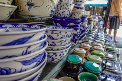 Hoi An Central Market, pottery