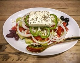 mix-greek-restaurant-greek-salad