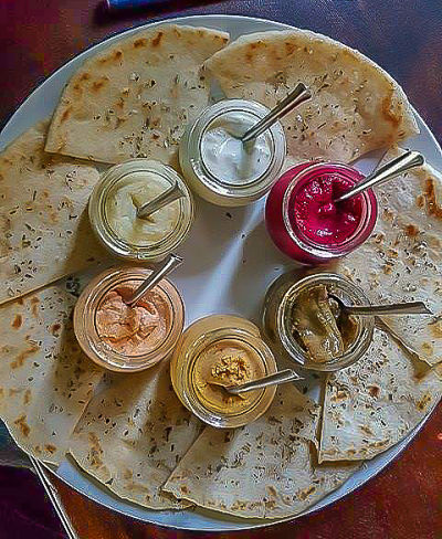 Mix Greek Restaurant review pita dips 2