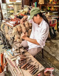 red color, hoi an now travel guide to souvenirs