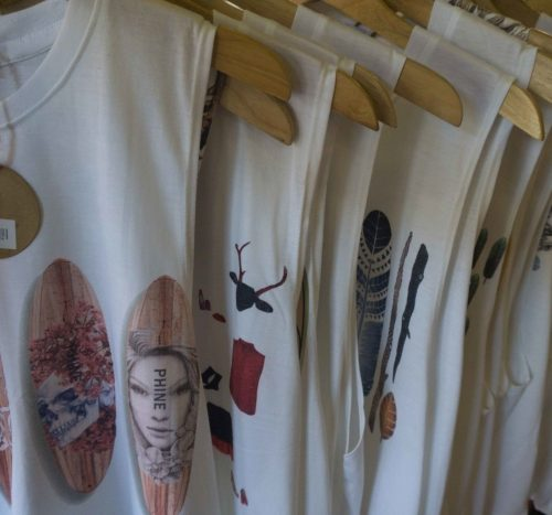 Clothes Shops. Ma Ly, Hoi An, T-shirts