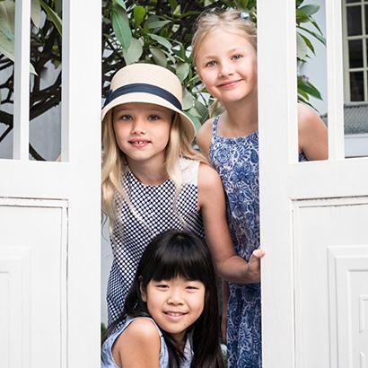 Copenhagen Delights Promotion. Kids in doorway