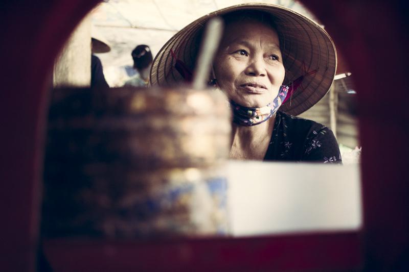 Noi Rang Market.