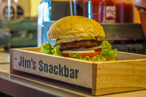 Jims Snackbar. Hamburger