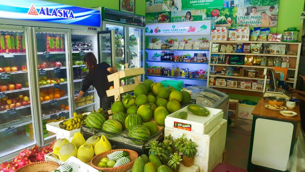 Convenience Stores Trai Cay Sach