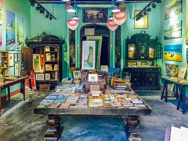 Quick Guide to Good Galleries in Hoi An. March