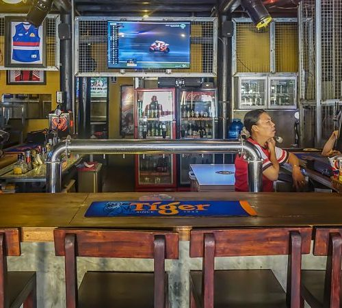 Hoi An Sports Bar. Quick Guide to Bars in Hoi An