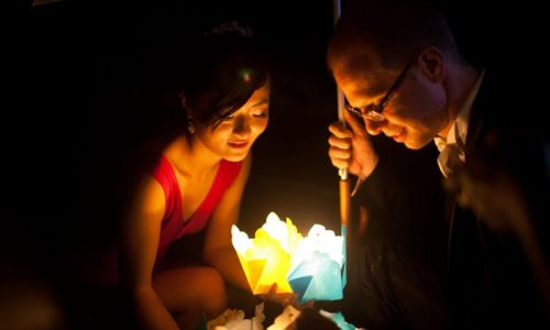 Get married in Hoi An. Full moon lanterns
