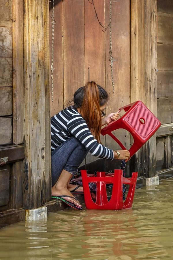 Floods in Hoi An 2016. Cleaning up