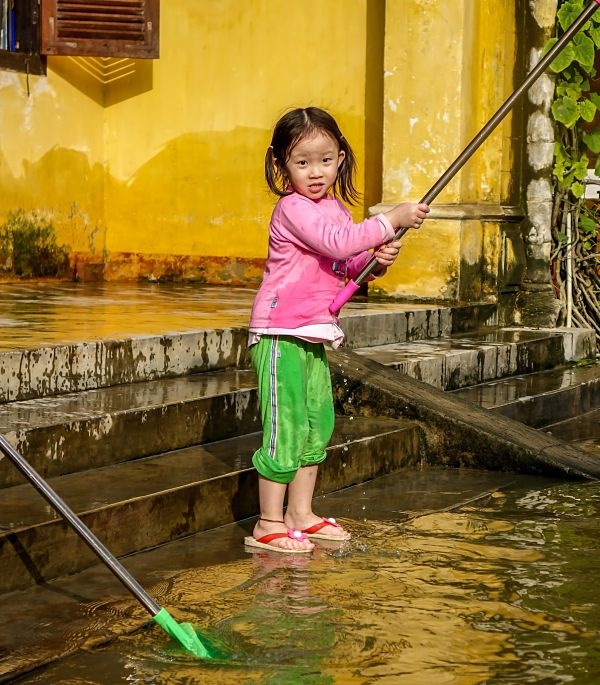 Floods in Hoi An: 2016. Cleaning up 2