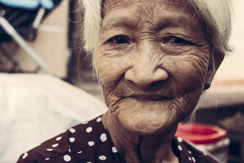 Ba Le Old Lady