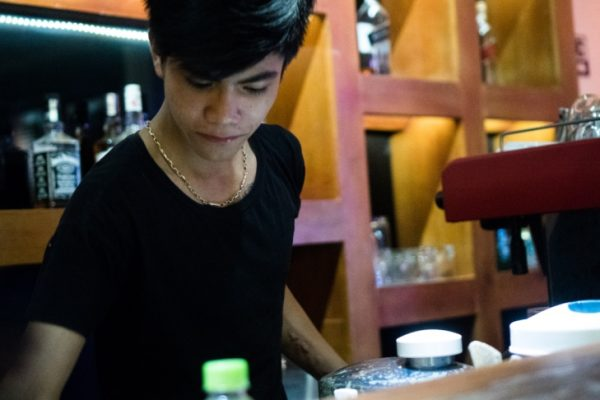 thai market, old town, restaurant, bar tender