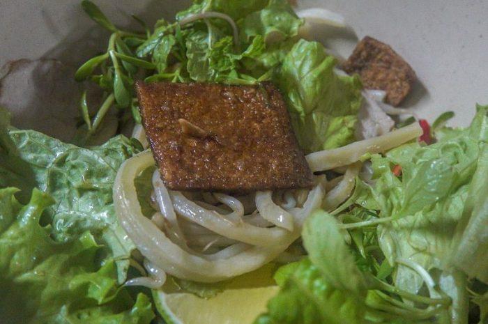 Nhan's Kitchen. Cao Lau