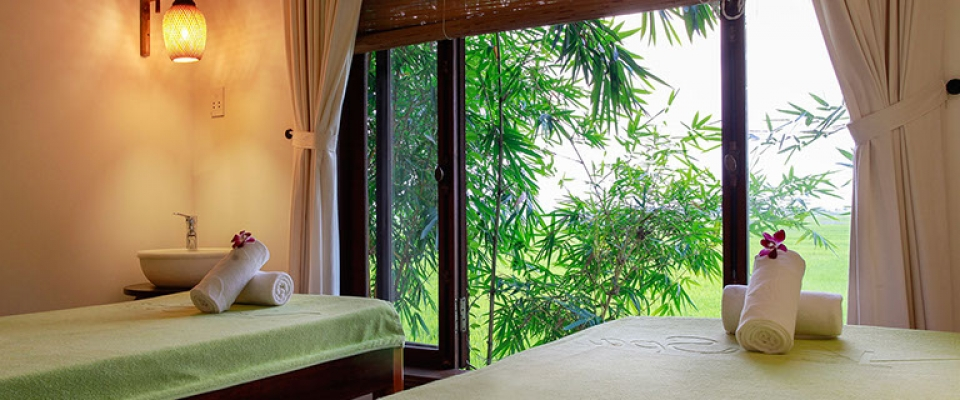 Na spa, na spa escape, massage, spa, hoi an spas, treatment, massage room, towels, bamboo