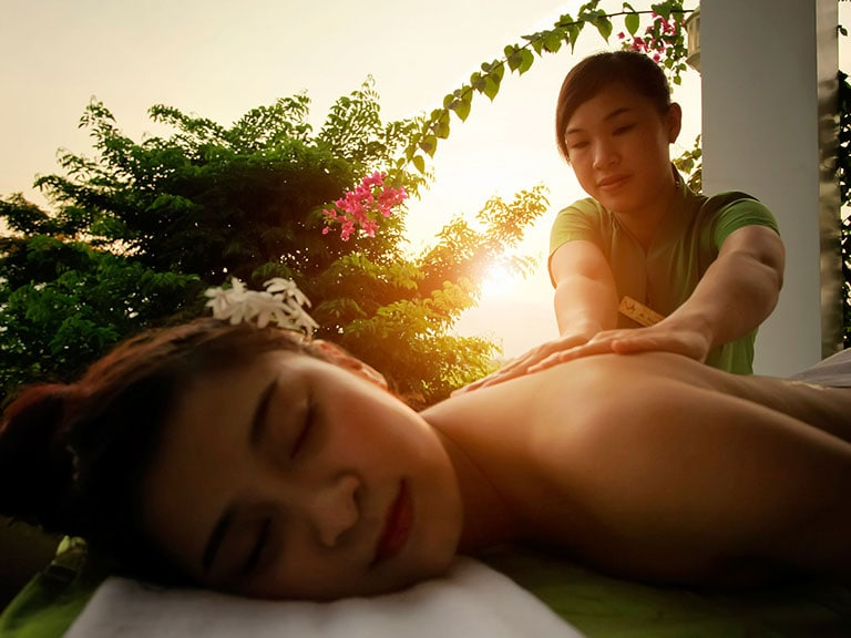 Na spa, na spa escape, massage, spa, hoi an spas, treatment, sunset, massage therapist
