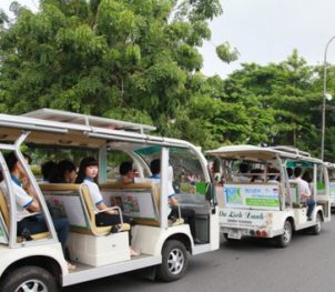 electric cars Hoi An, Vietnam, travel and taxi services