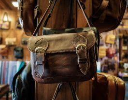 Da Bao Real Leather Hoi An, Leather Bag Hoi An Vietnam