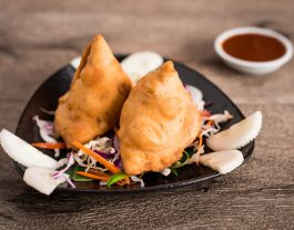 Indian Restaurant. Baba's_Kitchen_Samosas