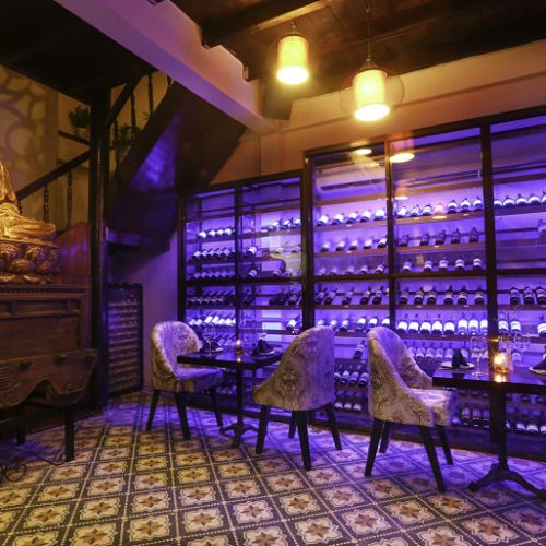 Bars. restaurants. Hoianian. Seashell Restaurant_opt (3)