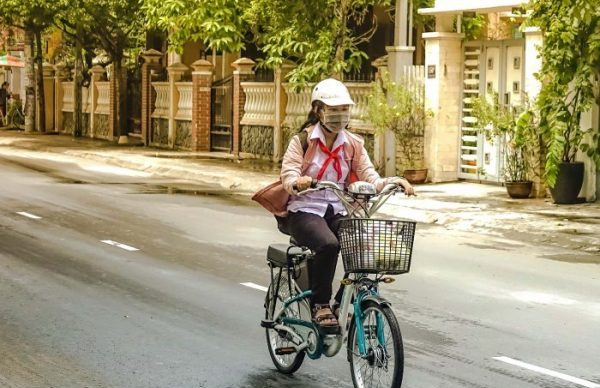 Road Rules Vietnam, Rules of the Road, Vietnam, hire an electric bike hoi an