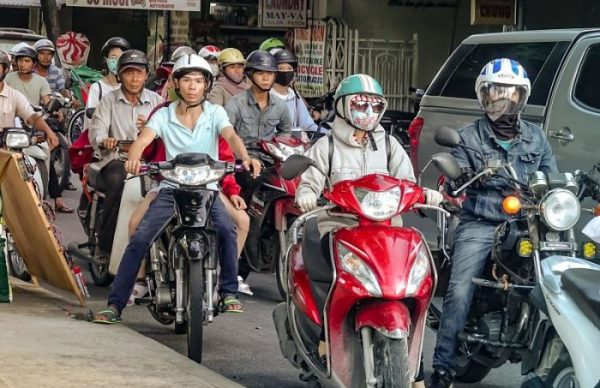 Road Rules Vietnam, Rules of the Road, Vietnam, traffic, motorbikes