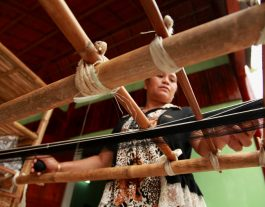Co Tu Weaving. Things to Do in Hoi An