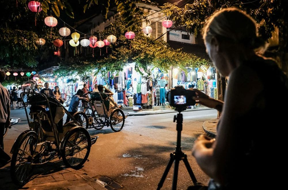 Hoi An Photo Tours and Workshops. Night Walk