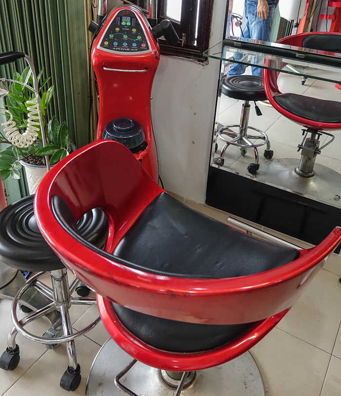 A. Nho Hairdressing Salon & Spa Hoi An