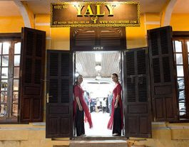 Yaly Couture, Tailors, Luxury Garments, Tailoring, Bespoke, Made-to-Measure, Hoi An, Dresses, Suits, Shirts, Clothes, Fabric, Shoes, Handmade