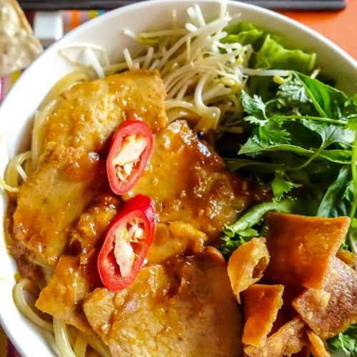 Best Vietnamese Restaurants in Hoi Any_Streets_ Cao Lau